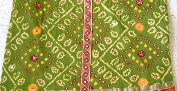 Latest Bandhani collection for Summer 2011 – Rock it with Kuttchhi borders
