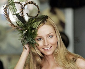 Catherine-duchess-princess-hat-2011-styles