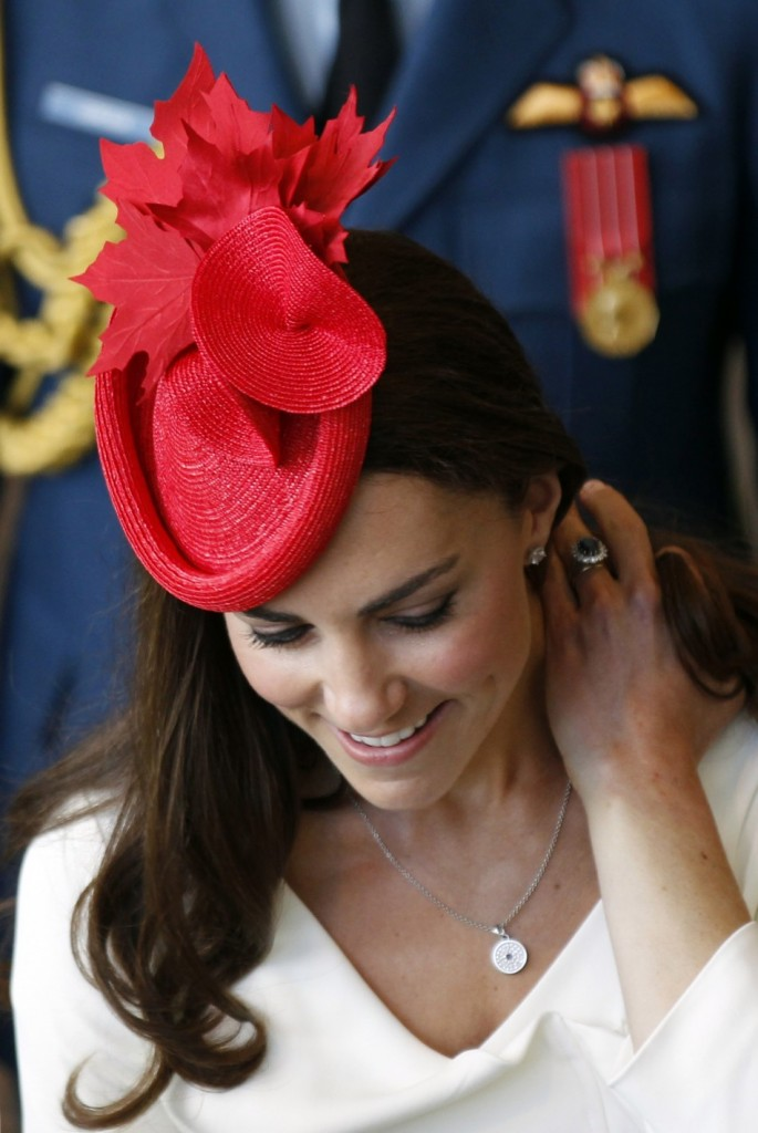 Kate middleton 39 s extraordinarily gorgeous hats princess for Starting a jewelry business in canada