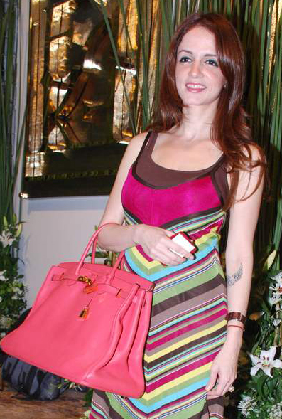 Suzzanne Khan-Hermes-Birkin-Pink-Bag-Fashion-Trends-2011