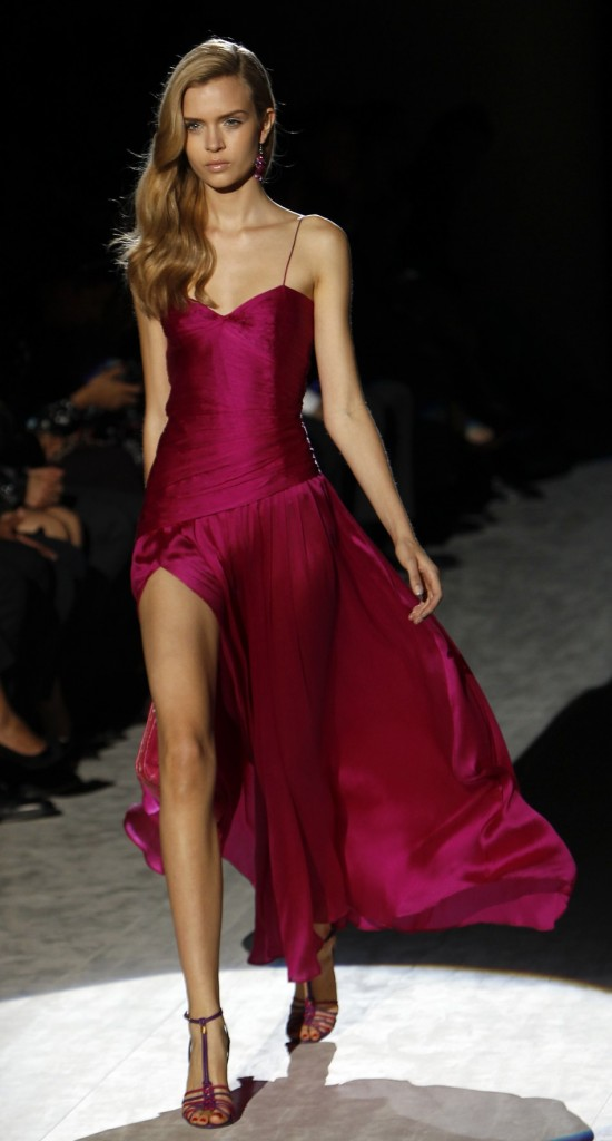 latest-fashion trends-salvatore-ferragamo-2012-pink gown