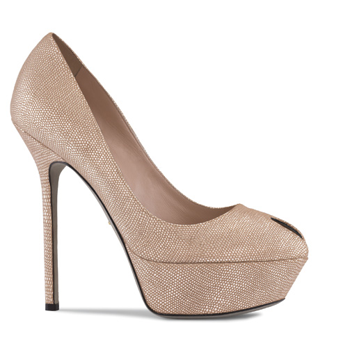 skin-toe-peep-platform-pumps-latest-fashion-trends-2011-2012-shoes