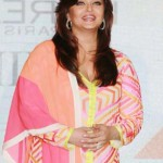 Aishwarya Rai Bachchan goes Neon at Femina Women Awards 2012
