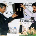 Glamgirl Sonam Kapoor at Loreal Paris Femina Women Awards 2012