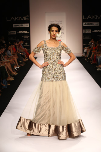 lakme-fashion-week-2012-summer-resort-payal singhal