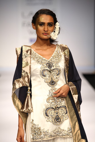 payal singhal-latest fashion trends-2012