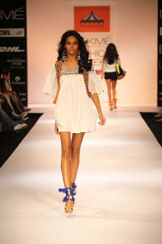Lakme-fashion-week-2012-latest-fashion-trends