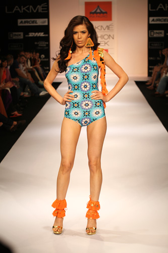 pia pauro-lakme-fashion-week-2012-fashion trends