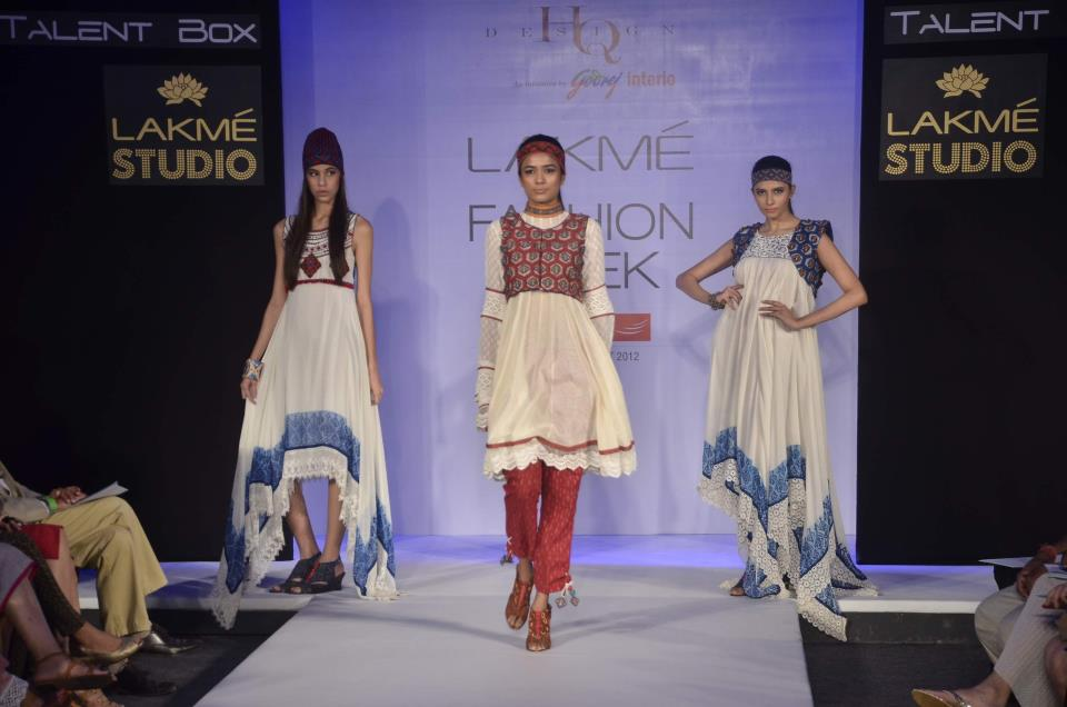 shruti-pakistani-style-dress-lakme-fashion-week-2012