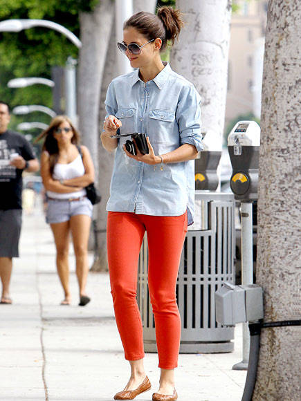 Katie-Holmes-orange-fashion-trend