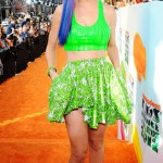 Katy Perry Goes Neon Green | Bare Midriff-Slimy top-Blue hair- and Neon Green 2012 trend