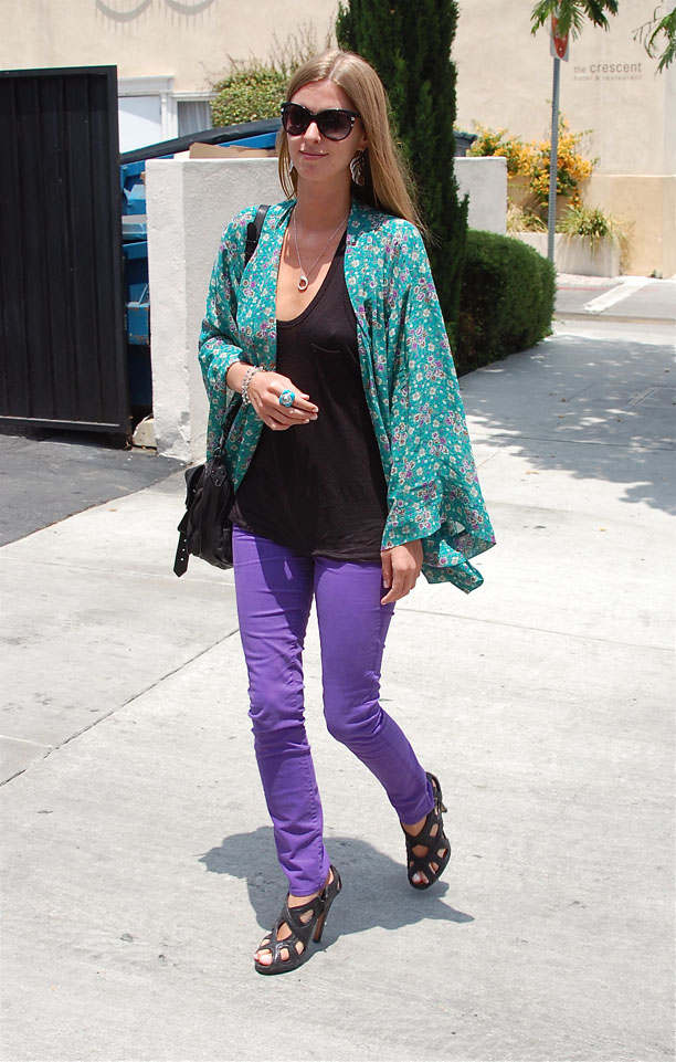 Nicky Hilton-neon-purple-fashion-trend-2012