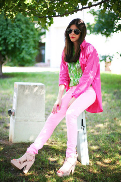 Wear-Neon-with-Pastel-for-Spring-summer-latest-fashion-trends-Hot-colours