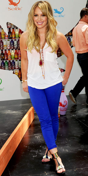 hilary-duff-Neon blue-denim-fashion-trends-2012