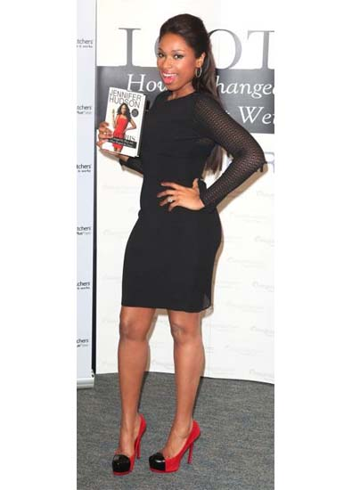 jennifer_hudson_Toe-cap-shoes-latest-fashion-trend-spring-summer-2012