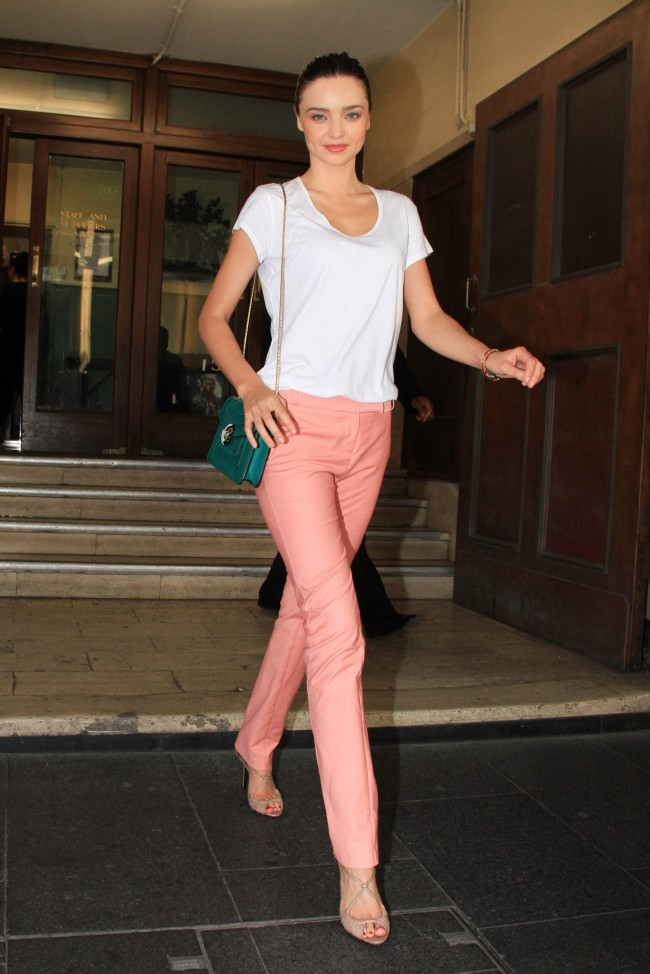 miranda-kerr-pastel-fashion-trend