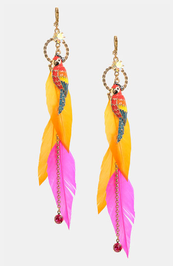 parrot-feather-earings-latest-fashion-trends-2012