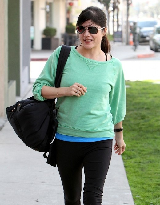 selma-blair-in-mint-green-sweater-celebrity-fashion-trends-2012