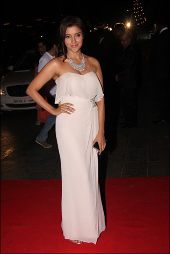 asin-karan-johar-birthday-bash-2012