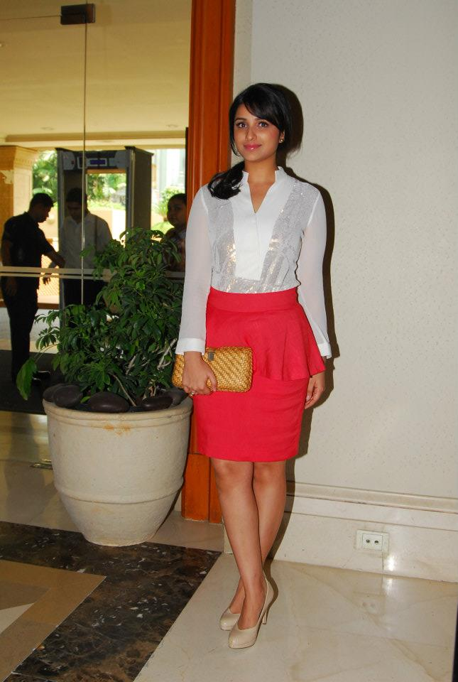 Parineeti chopra latest fashion trends 2012 peplum skirt 2012