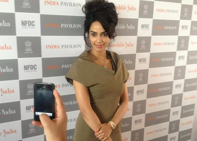 mallika-sherawat-65th-annual-film-festival-cannes-2012