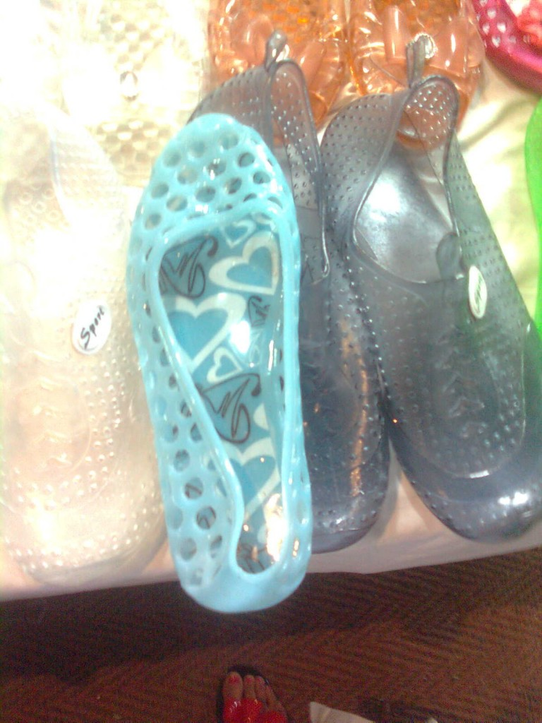 Rubber Flats for rains monsoon fashion 2012