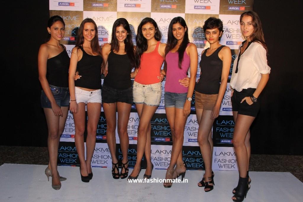 L-R Jyotpriya, Petra, Jami, Shweta, Parul,Natasha, Stella