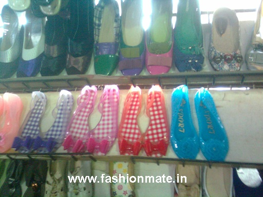 translucent waterproof rubber jelly shoes in bright colours for rains