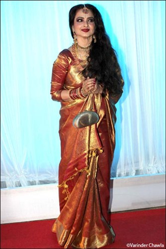 Rekha in kanjeevaram saree at Esha Deol's Wedding Reception