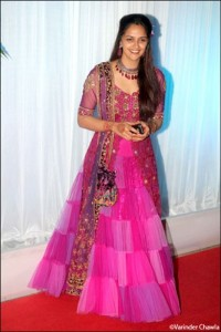 aahna deol in a wine coloured neeta lulla outfit at esha deol's wedding reception