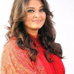 Aishwarya Rai Bachchan Smoking Hot in Red Post-pregnancy  Dubai World Cup 2012