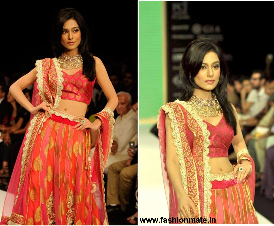 Amrita Rao for Agni Jewellers at IIJW 2012