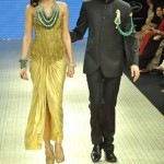 Nargis fakhri & Abhay Deol walk for Amrapali jewellers at IIJW 2012