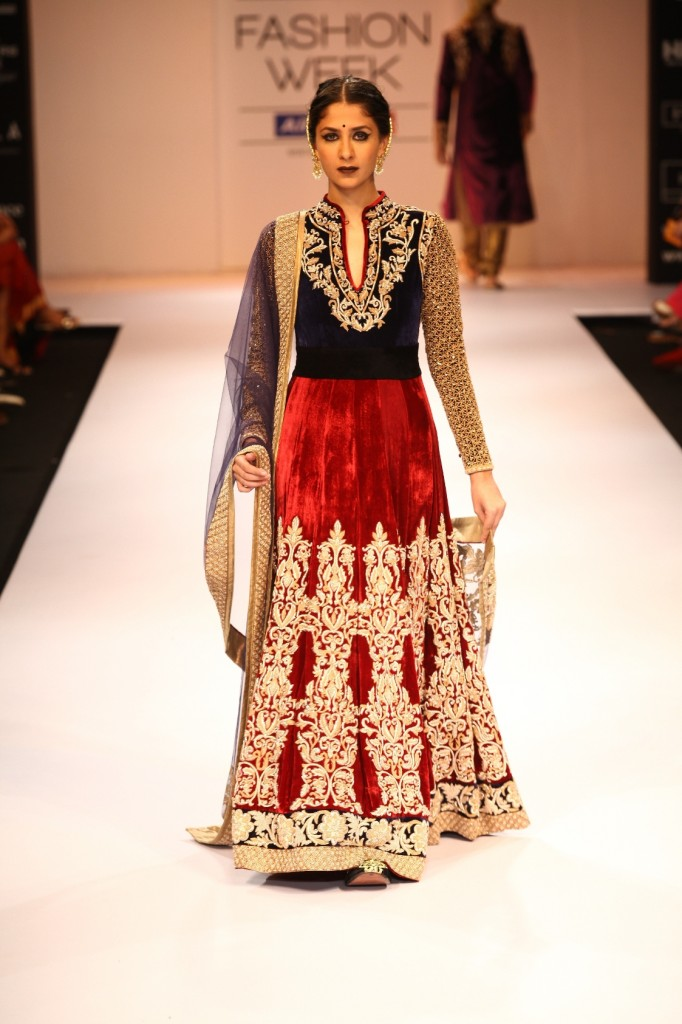 shyamal amp bhumika  lfw winter festive 2012 fashion mate