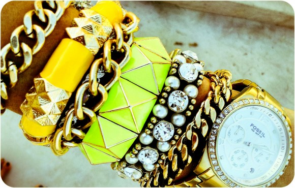 latest fashion Chunky Bracelets arm-candy wrist`
