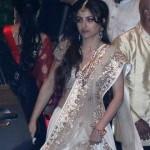 Soha Ali Khan glams up at Saif-Kareena Wedding Reception