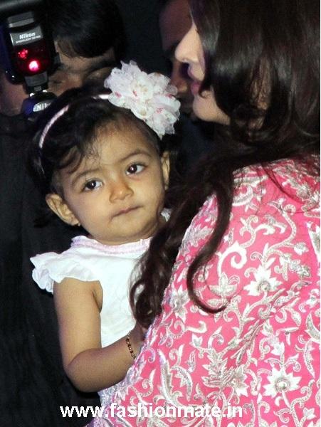 Aaradhya Bachchan at Aishwarya's birthday| What made her ...