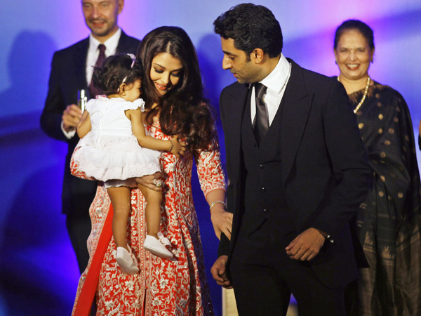 aradhya bachchan aishwarya rai with abhishek at ash birthday