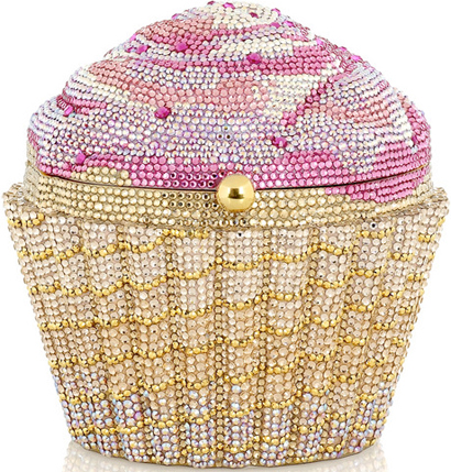 fashion trend 2013-judith leiber cup-cake clutch