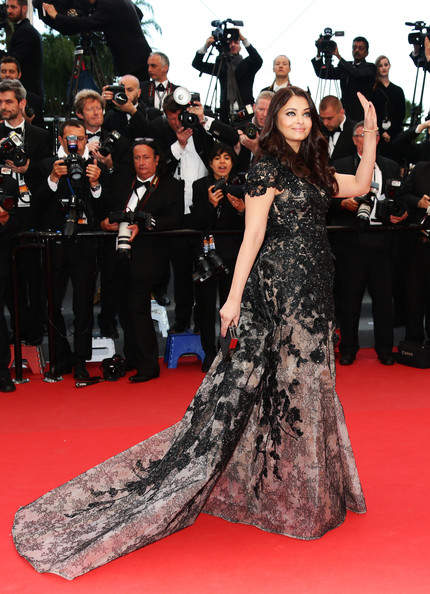 Aishwarya rai's fashion at Cannes film festivasl 2013