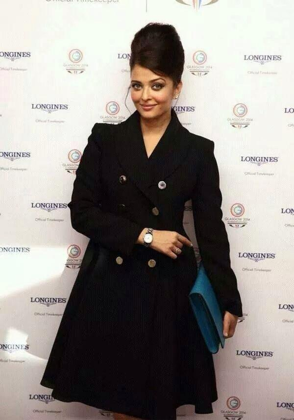 Aishwarya Rai Bachchan looks sexy at Commonwealth games in GUCCI