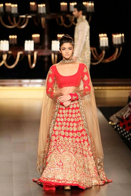 alia_bhatt_for_manish_malhotraat icw 2014