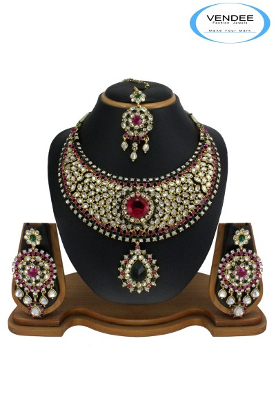 neck-piece for women