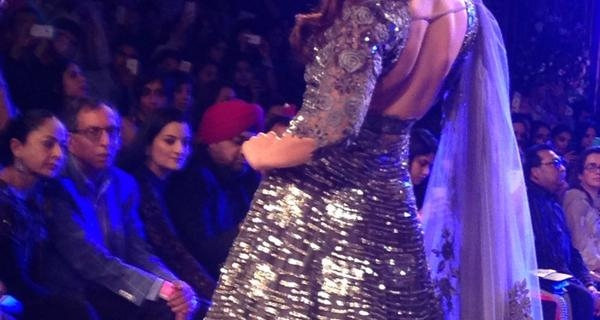 Kareena Kapoor rocked as the showstopper for Manish Malhotra at LFW Grandfinale