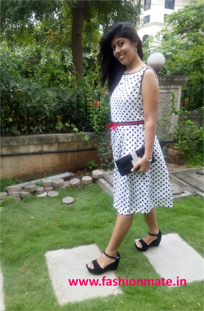 Outfit of the day - Polka dots & Red Lips