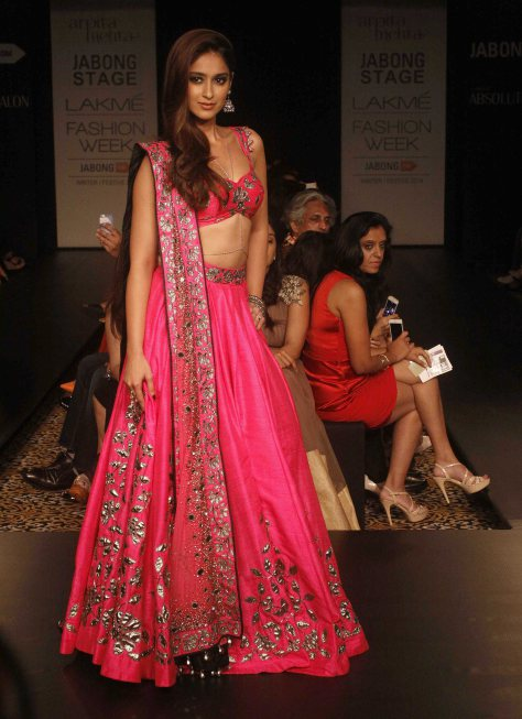 ileana d cruz for arpita mehta at lfw 2014