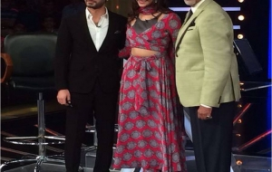 Sonam Kapoor in Surendri at KBC for Khoobsurat Promotions
