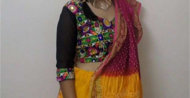Gujarat Diaries: Navratri Outfit-2 Style your Ghagras!
