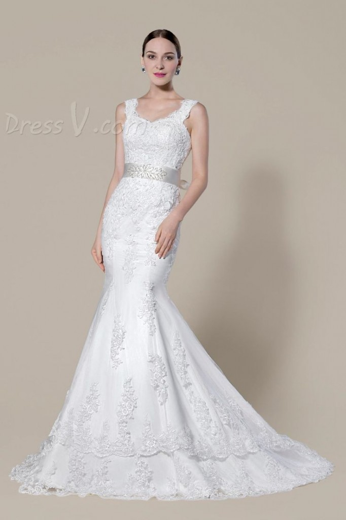 Mermaid style wedding gown in budget by dressV