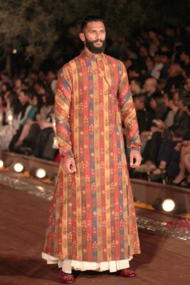 A model showcases fashion designer rohit bal collection at wifw 2015 groom fashion india